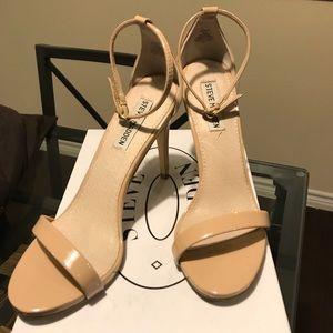 Steve Madden Stecy nude patent heels, 8.5
